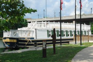 I&M Canal Boat Tours