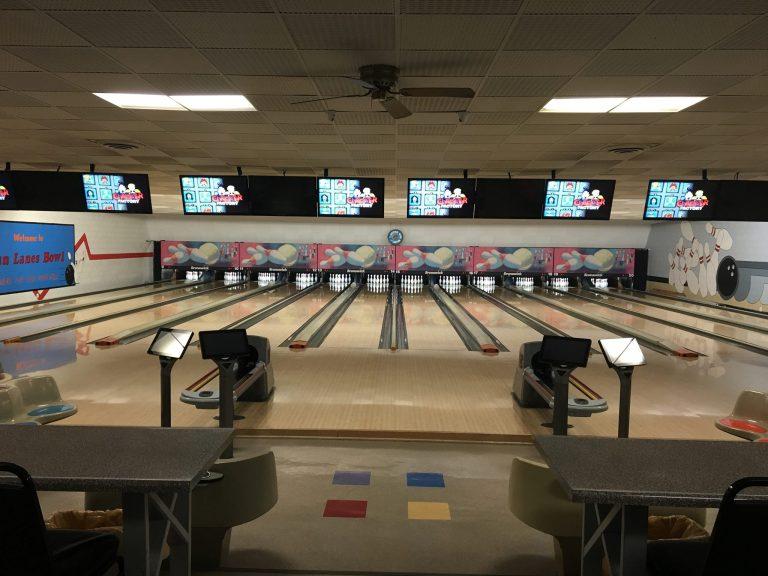 Linn Lanes Bowling Lanes 768x576